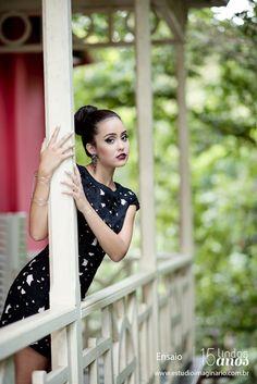 0416-+ensaio_amandacunha-ensaio-pessoal-book-feminino-bh-belo-horizonte-book-15-anos-studio-debutante-festa-estudio-fotografico.jpg (780×1168)
