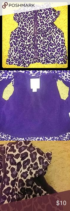 Bubble zip-up vest for baby girl Warm up that baby! This puffy vest has 3 shades of purple.  The inside is lined with soft dark purple fleece.  The front features a purple plastic zipper closure.  There are ruffle accents at the hem and arm openings. Gently used. Smoke/pet free home. Children's Place Jackets & Coats Vests
