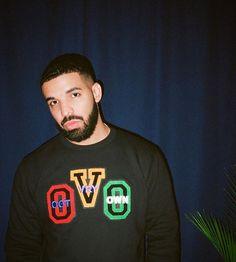 Drake💘his ig: me ( for more💘 Aubrey Drake, Drake Take Care Album, Drake Fashion, Fashion Outfits, Drake Wallpapers, Web Girls, Drake Drizzy, Drake Graham, Cute Baby Videos
