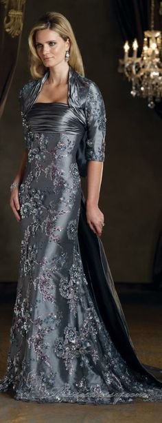 Mon Cheri couture ~ Mother of the Bride High Fashion Dresses, Fashion Outfits, Womens Fashion, Beautiful Gowns, Beautiful Outfits, Nice Dresses, Formal Dresses, Fabulous Dresses, Long Dresses