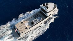 Innovative Propulsion Systems The available alternatives for a more sustainable yachting evolution. Zero emission mode and Hybrid Solutions Camper Boat, Save Fuel, Combustion Engine, Energy Storage, Luxury Yachts, Diesel Engine, New Construction, Campers, Exterior Design