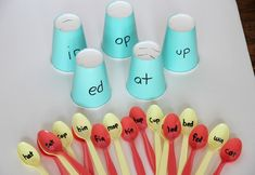 You kids will LOVE this Word Families Reading Activity using plastic spoons and disposable cups. Read, sort by word family, and a bit of fine motor fun too!