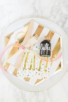 Pancakes and Pajamas: A.K.A. the best sleepover Party Idea Ever | Style Me Pretty Living | Bloglovin'