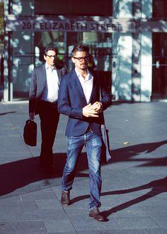 smart style for my man...navy blazer & denim