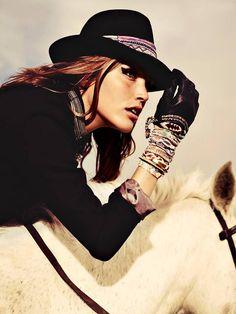 www.pegasebuzz.com | Equestrian fashion : Hipanema Fall 2013