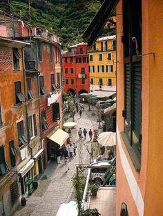 | ♕ | Hill street of Vernazza, Liguria
