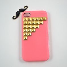 Studded iPhone 4 case, cool gold pyramid studs