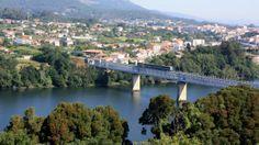 Momentos que han dejado marca: El 19 de julio de 1993 se inaugura el puente internacional sobre el río Miño, en Tuy (Pontevedra), que une a España y Portugal.