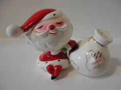 Vintage 1959 Holt Howard Santa Claus Magnetic Salt & Pepper Shakers