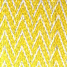 Natte africaine plastique chevrons  jaunes