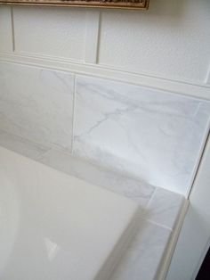 We Updated Our 90u0027s Bathtub In One Weekend With Less Than $200.