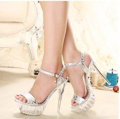 Giày cao gót đế sắt 9cm
