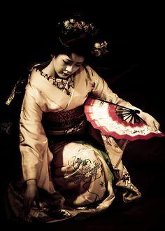 Geisha. Japan. Photography by Stephane Barbery on Flickr