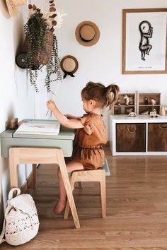 Baby room decor - Cute photoshoot ideas cute ways to decorate kids corner Kids bedroom Kids art space littlegirlrooms arttables crafttime picturestotake Kids Art Space, Art For Kids, Kids Corner, Little Girl Rooms, Kid Spaces, Kids Decor, Home Decor, Girls Bedroom, Bedrooms