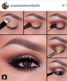 Smokey and perfect eyebrow