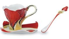 Rose shaped tea cup, saucer and spoon by Kathy Ireland.