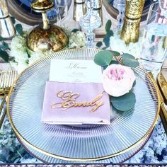 Loving this ultra glam place setting we were so lucky to be apart of! Mirror gold place cards are {always} a good idea! 😍💕 (Repost 📷 @wifeoftheparty) #thatsamore2016 #happilyeveretched www.letstiethknot.etsy.com
