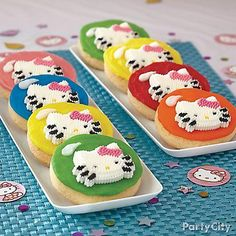 Make them yourself or put out ready-to-use icing pouches for the kiddies to ice their own balloon cookies! Either way, these Hello Kitty treats will be a hit!