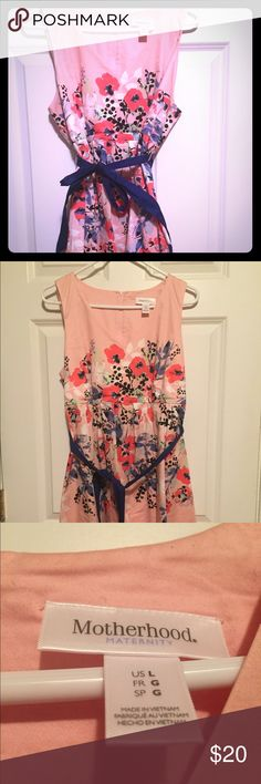 Floral Motherhood Maternity dress size large Pale pink maternity dress with floral design.  Only work twice.  Perfect for weddings or baby showers. Motherhood Maternity Dresses