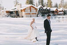 winter wedding at The Shore Lodge in Idaho with photos by Sara K Byrne Photography | via junebugweddings.com