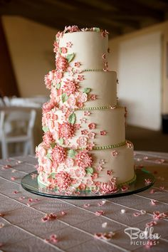 Beautiful use of flowers on the wedding cake