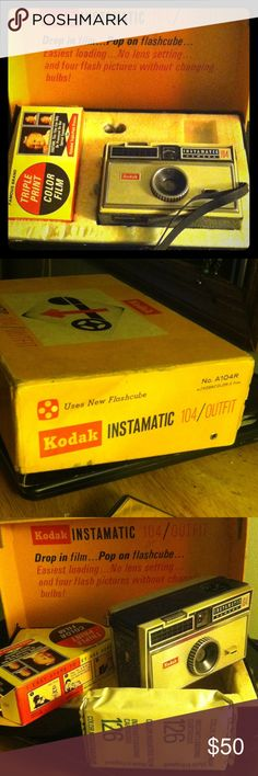 Antique Kodak Instamatic 104 Outfit camera set Comes with original box and never used film. Film dated to expire 1973. No. A-104R w/Kodacolor-X film. Made in Rochester, NY Kodak Other