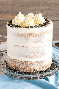 This Earl Grey Cake is perfect for the tea lover in your life! Earl Grey infused cake layers paired with a silky vanilla bean buttercream. Tea Cakes, Cupcake Cakes, Cupcakes, Earl Grey Cake, Wedding Cake Flavors, Wedding Cakes, Plum Cake, Fancy Cakes, Savoury Cake