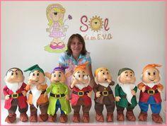 Disney Statues, Ronald Mcdonald, Backdrops, Snow White, Ballet, Fictional Characters, Sette Nani, Biscuit, Lily