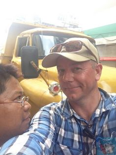 Random Burmese guy walks into my selfie! Weird... Myanmar. www.thefilmfixer.com