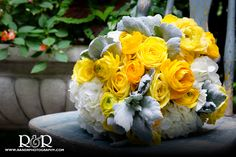 Wedding Flowers | Wedding Photography | Bridal Bouquet | Yellow & White | Yellow Roses | R and R Creative Photography | #weddingflowers #bridalbouquet #bride #white #yellowroses #photography #gardenwedding #RandRCreativePhotography