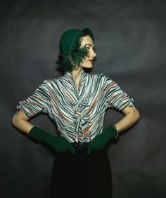 1944 --- Model wearing black skirt together with green wool jersey gloves, green snake belt and zebra striped, silk crepe blouse. vintage everyday: Extraordinary Color Fashion Photography Taken During the by John Rawlings Foto Fashion, 1940s Fashion, Asian Fashion, Vintage Fashion, Classic Fashion, French Fashion, Style Fashion, Elsa Schiaparelli, Pierre Balmain
