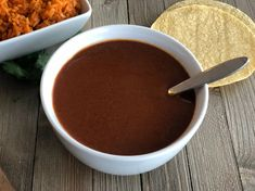 Homemade Enchilada Sauce - easy homemade enchilada sauce that is easy to make, full of Mexican flavors and perfect for all of your Mexican dishes. Best Enchiladas, Homemade Enchiladas, Mexican Dishes, Mexican Food Recipes, Best Enchilada Sauce, Smothered Chicken, Chicken Burritos, Fudge Sauce, Hot Fudge