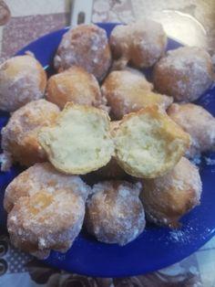 Gogosi cu iaurt grecesc - (cu lingura) - CULINAR Pretzel Bites, Donuts, Muffin, Ice Cream, Bread, Cookies, Breakfast, Cake, Desserts