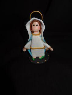 Virgen de la Medalla Milagrosa. Masa Flexible. Polymer Clay