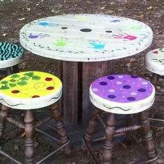 Kids spool table and bar stools