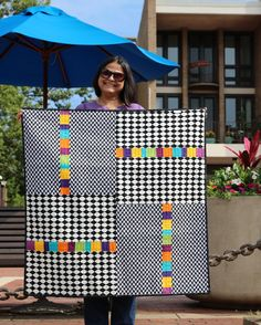 Poco Loco 2019 Sew Preeti Quilts: Poco Loco The post Poco Loco 2019 appeared first on Quilt Decor. Colchas Quilt, Quilt Baby, Lap Quilts, Patchwork Quilting, Scrappy Quilts, Amish Quilts, Hand Quilting, Patchwork Ideas, Strip Quilts