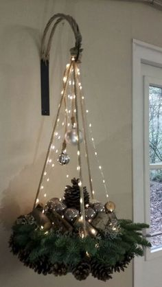 Simply click the link to get more information on Homemade Christmas Decorations Homemade Christmas Decorations, Christmas Tree Decorations, Christmas Wreaths, Christmas Ornaments, Holiday Decor, Xmas Tree, Rustic Christmas, Simple Christmas, Christmas Home