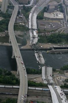 I-35W Bridge Collapses  Aug 1, 2007 - The 35W bridge over the Mississippi River in Minneapolis collapses during rush hour, killing thirteen and injuring 145.