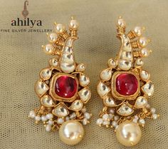 How Clean Gold Jewelry Indian Wedding Jewelry, Indian Jewelry, Ear Jewelry, Gold Jewelry, Jewellery, Gold Bangles For Women, Traditional Earrings, Gold Earrings Designs, Jewelry Patterns