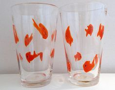 Crate and Barrel Goldfish Set of 2 Drinking Glasses Hand Blown Tumblers 16 oz