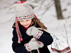 Perinteiset Lapin lovikka-lapaset on helppo ja nopea neuloa. Ohjeella voit neuloa lapaset sekä lapselle että aikuiselle.Suunnittelija: Sisko SälpäkiviKoko: lapsi noin 6-7 v (nainen)Langanmenekki lakki...