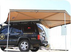 LR Fox Wing Awning