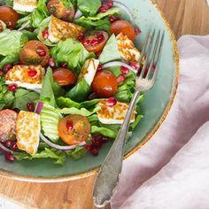 Als ik ergens fan van ben is het wel van een goede salade 🙌! Met een paar simpele aanpassingen maak je echt van elke salade een feestje. 🎉 mijn ultieme tips staan nu online. . Directe link naar artikel in bio. . #salade #salad #lunch #lunchonthego #broodlozelunch #diner #groenten #vegetables #tips #healthy #healthyfood #gezondeten #gezond #voedingsdeskundige #foodquotesnl