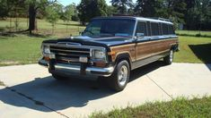 3787d1254924102-1987-jeep-grand-wagoneer-stretched-limo-4625538-700-0.jpg (700×394)