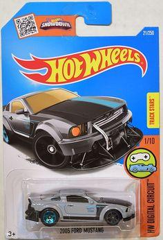 Roush Mustang, 2005 Ford Mustang, Custom Hot Wheels, Hot Wheels Cars, Hot Wheels Storage, Dodge Dart Gt, Hot Wheels Treasure Hunt, Matchbox Cars, Cool Toys