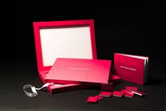 THE MAGIC OF RED- clean lines of #youngbook are perfectly in sync with the choice of the red colour made by the French photographer  Yohan Terraza, the complete set with parent books and pocket books is coordinate with the wedding book. #graphistudio #weddingbook #weddingphotography #madeinitaly http://www.graphistudio.com/en_US/home