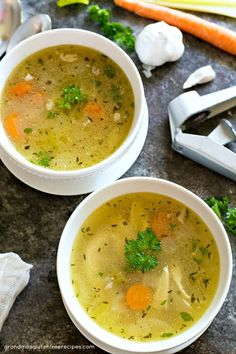 homemade grandmas chicken carrots ground sodium garlic pepper celery stalks broth black basil thyme onion GrandmaS Homemade Chicken Soup with Chicken Garlic Onion Carrots Celery Stalks Basil Thyme You can find Chicken soup recipes and more on our website Chicken Soup For Colds, Chicken Broth Recipes, Homemade Chicken Soup, Vegetable Soup With Chicken, Best Soup Recipes, Vegetable Soup Recipes, Chicken And Vegetables, Real Food Recipes, Dinner Recipes