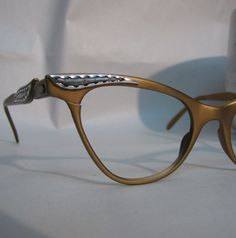 5b743ce9079 Vintage Eye Glasses Mid Century Rockabilly Gold Aluminum CatsEye 44 20