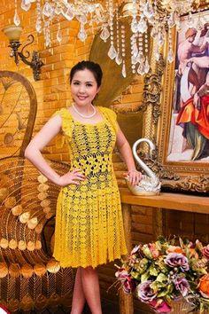 Edna Confecções em Crochê : Vestido amarelo com gráfico