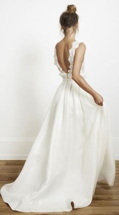 Simple and beautiful lace wedding dress #wedding #weddingdress #laceweddingdress